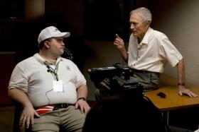Paul Walter Hauser (left) and Clint Eastwood in Richard Jewell