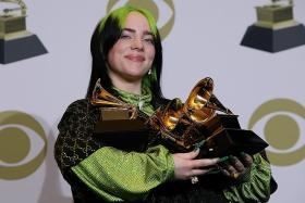 Billie Eilish dominates Grammys as music world mourns Kobe Bryant