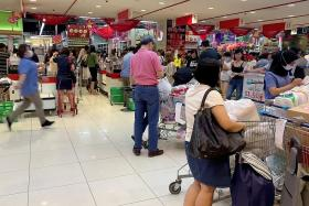 Retail sector suffers worst year since 2013