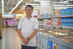 No toilet or rest breaks for FairPrice staff during panic buying spree