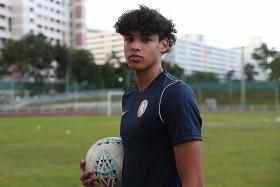 Ilhan relishes the pressure of being a Fandi