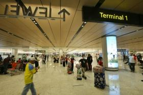 Singaporeans who 'still choose to travel will face consequences'
