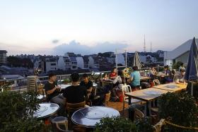 Makansutra: Think Pink Candy when it comes to breezy outdoor dining