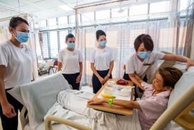 Grounded SIA cabin crew to help at public hospitals