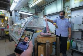 Tekka market stalls going online to reduce crowds