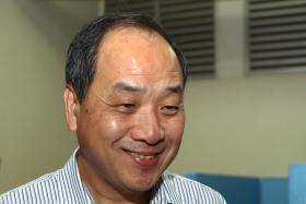 Former WP chief Low Thia Khiang out of ICU, recovering in general ward