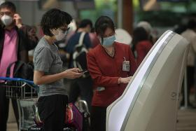 SIA, SilkAir and Scoot passengers to wear masks throughout the flight