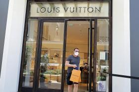 Viral NUSWhispers post: 'LV is for poor people who want to look rich'