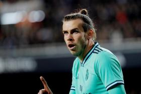 Gareth Bale wants to stay at Real Madrid, says his agent.