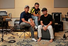 Trio behind Okletsgo podcast apologises for misogynistic comments