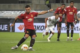 Bruno Fernandes scoring Manchester United's winner from the spot.