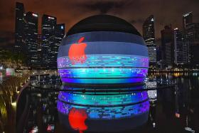 Coming soon to Singapore: The world's first Apple store on water