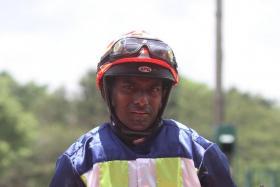 Jockey S John