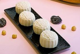 Food FYI: Mooncake mania
