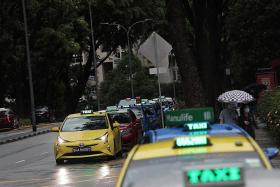 $112m additional lifeline for private-hire, taxi sectors