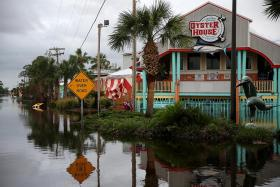 Hurricane Sally weakens to tropical storm, floods US Gulf Coast