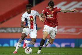 Manchester United must sign a centre-back: Gary Neville