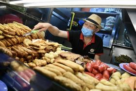 Hawkers welcome expert panel's recommendation