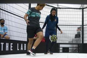 Nur Shafika Abdullah (left) and Nur Faradila Rafidi
