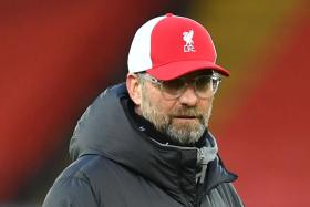 Juergen Klopp fighting for top four before thinking about EPL title