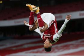Arsenal striker Aubameyang guns down Magpies with a double