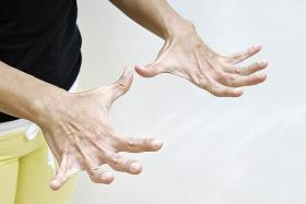 How to keep hands looking young and supple