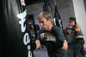 More people using boxing to fight off effects of Parkinson's