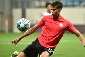 Ilhan the latest Fandi in the Lions' den