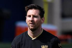 Ronald Koeman cools talk of Lionel Messi joining PSG