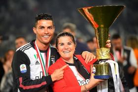 Cristiano Ronaldo's mum: Next year, he will play for Sporting Lisbon