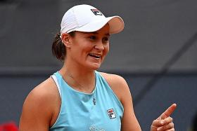 Ashleigh Barty overcomes early scare in Roland Garros opener