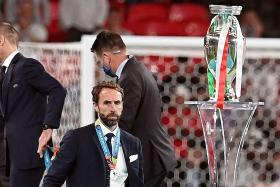 Southgate accepts responsibility for Euro 2020 final defeat