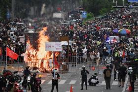 Thai protesters rally against govt despite Covid curbs