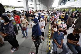 Thailand turns cargo warehouse into Covid-19 field hospital
