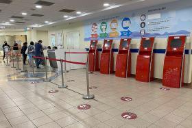 Crowds thin out as visitor ban kicks in at hospitals