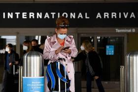 US working on plan to admit only vaccinated visitors