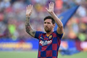 The Athletic reported that Paris Saint-Germain have reached out to Lionel Messi.
