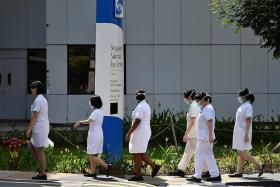 Tudung may not be worn if nurses face safety risks