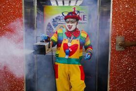 Send in the 'fogging clown'