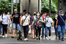 Singapore registers record decline in population numbers