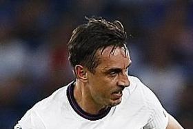 Neville: Shoddy Man United have an imbalanced squad