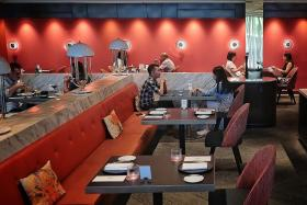 Eateries frustrated by dining-in limit, seek more communication