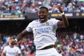 Real Madrid win season's first El Clasico