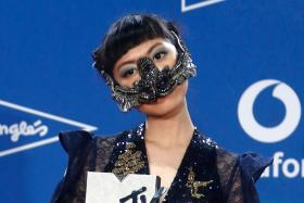 Jasmine Sokko at the 2019 MTV Europe Music Awards