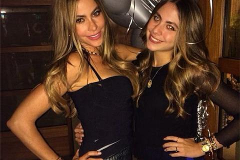 Hottest women sofia vergaras sexiest instagram pics