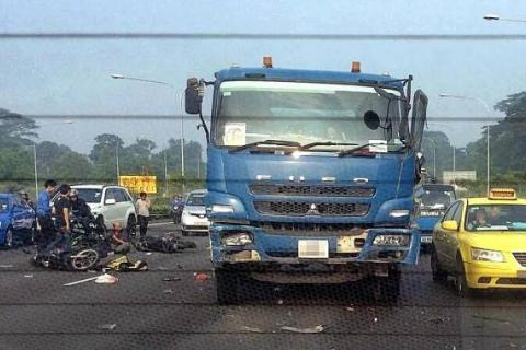 Seven-vehicle pile-up leaves trail of destruction on the Central