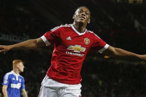 Will Martial end up as another di Maria? , Latest Football