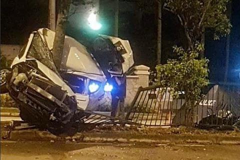 Passenger dies in car crash, driver taken to hospital then