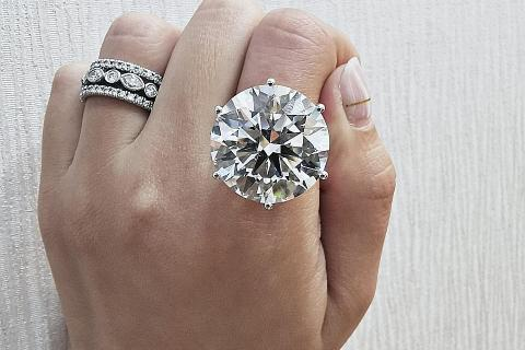 283a34a9a36c2 Feast your eyes on $3 million, 27-carat diamond ring at SIJE, Latest ...