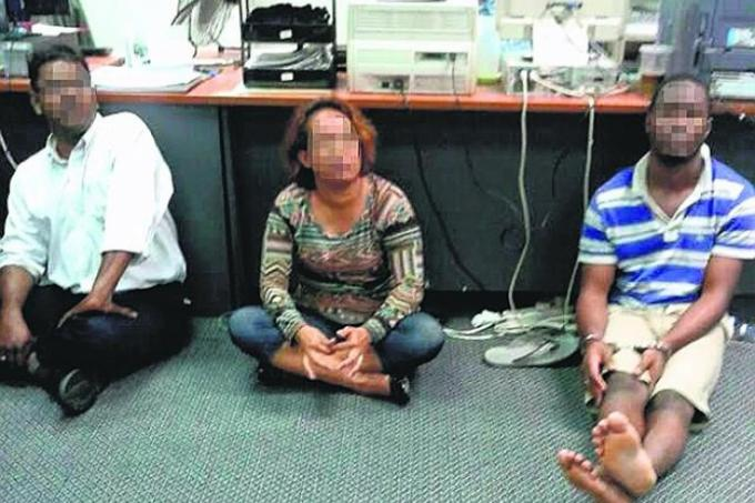 S Pore Woman Loses 210 000 In Love Parcel Scam Latest Others